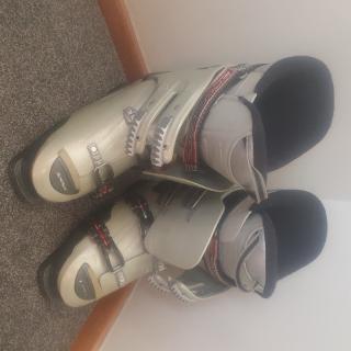 Rossignol ski boots size 28.5