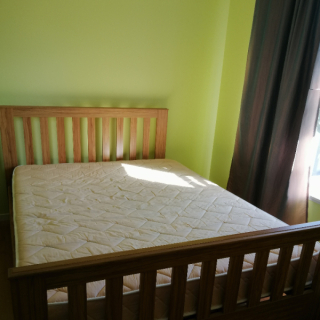 Queen Slat Bed Frame and Mattress
