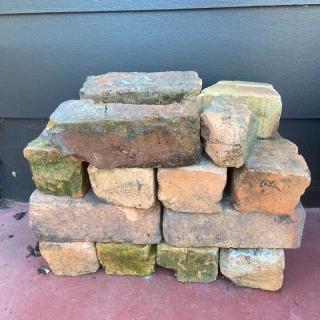 Bricks and scoria (large)