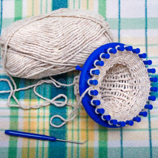 Knitting Loom or Kids Knitting machine