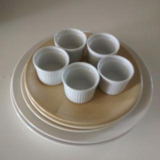 Plates and ramekins